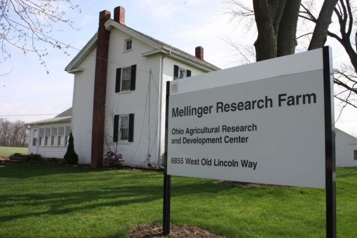 Mellinger Farm Sign
